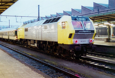 ME 26-03 at Luxembourg on 24th November 2001 working ADL railtour