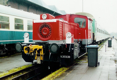 335 150 at Trier Depot on 24th November 2001
