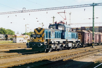 V46 040 at Szombathely on 5th October 2003
