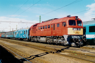 M62 171 at Szombathely on 5th October 2003