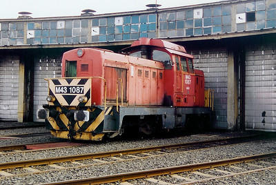 M43 1087 at Pecs on 6th October 2003