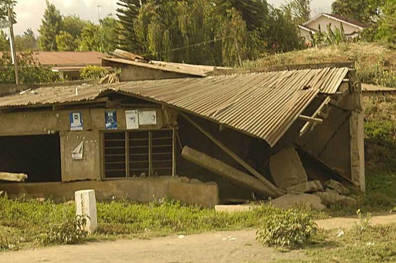 x_36 partially collapsed concrete building