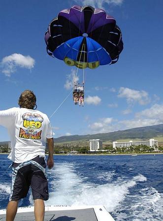7th day - Lahaina harbor & paragliding
