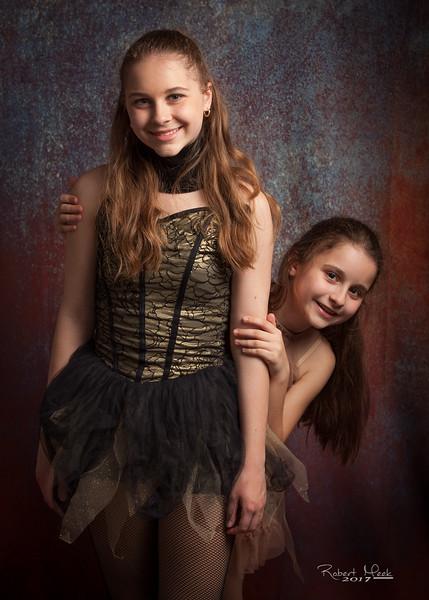 Iulia & Sofia Dobrin 07 (1 of 1)