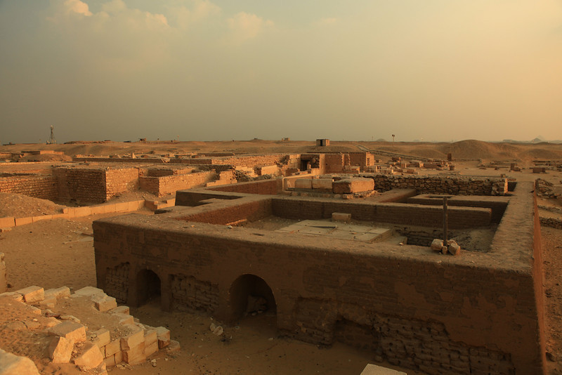 These tombs were actually outside of the complex walls and were for engineers, workers and others who worked at the site during the time it was built.
