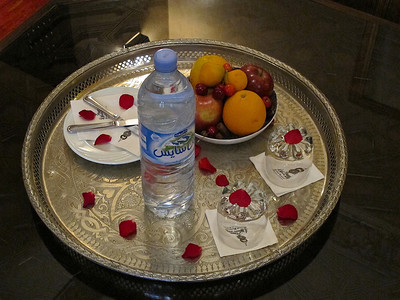 When you check in, there's a plate of fresh fruit and bottles of drinking water are supplied at no additional charge.