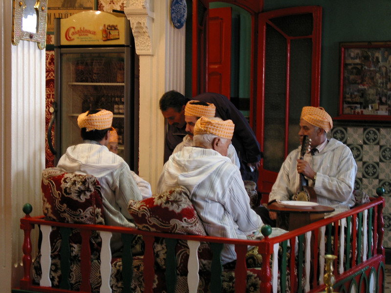 While you eat, you'll be able to hear live traditional Moroccan music.