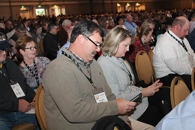 Louisiana Farm Bureau 3rd Vice-President Richard Fontenot and his wife Rhonda are tweeting at their local representatives about issues related to agriculture, as part of a group participation activity in the opening session.  They also sent a welcoming tweet President Donald Trump, as he was due to arrive at the American Farm Bureau convention on January 8, 2018.