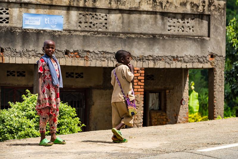 Children on sidewalk - Uganda-7449