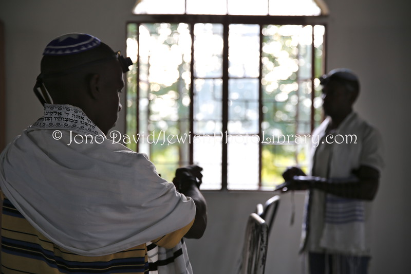 UG 526  Rabin Asiimwe (L) and Samson Nderitu