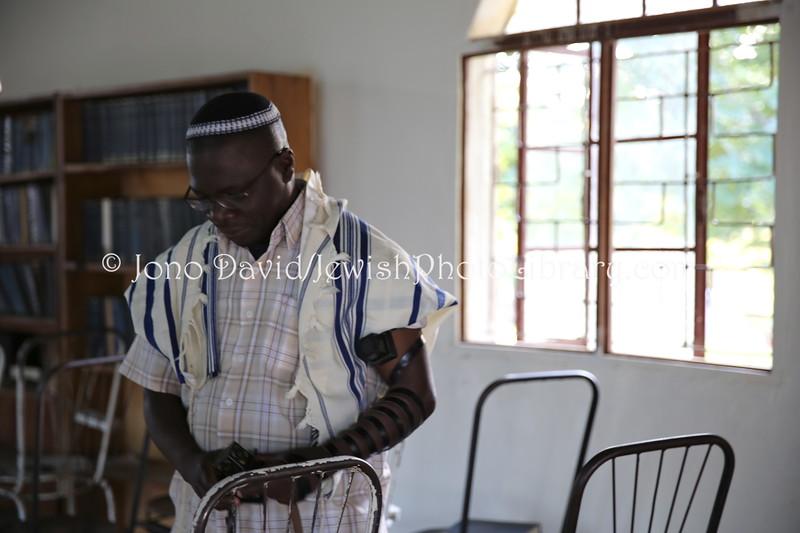 Gershom Sizomu Rabbi ug 539 Rabbi Gershom Sizomu