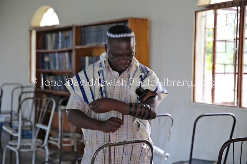 UG 538  Rabbi Gershom Sizomu