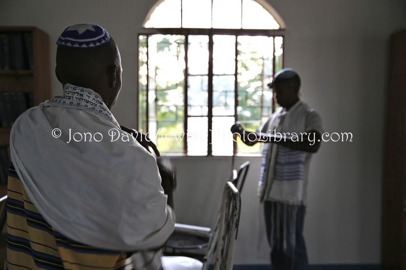 UG 521  Rabin Asiimwe (L) and Samson Nderitu