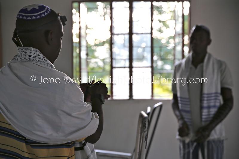 UG 533  Rabin Asiimwe (L) and Samson Nderitu