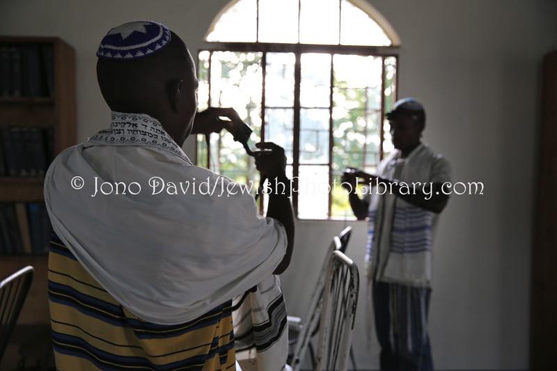 UG 523  Rabin Asiimwe (L) and Samson Nderitu