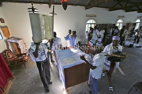 UGANDA, Mbale District, Nabugoye Village. Morning service at Moses Synagogue. Abayudaya Jews. (9.2013)