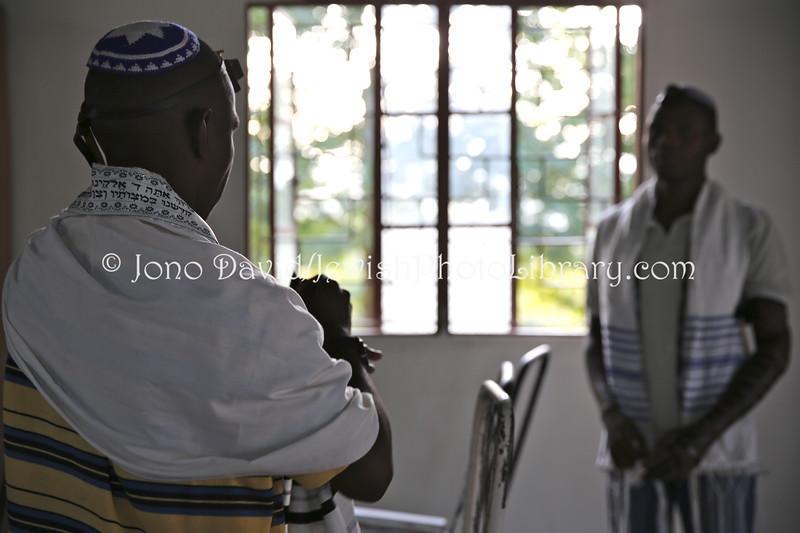 UG 531  Rabin Asiimwe (L) and Samson Nderitu