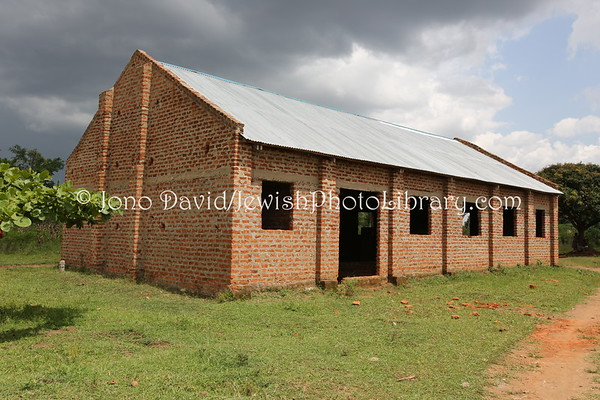 UGANDA, Pallisa District, Putti Village. Putti Synagogue (new, built 2012). Abayudaya Jews. (8.2013)