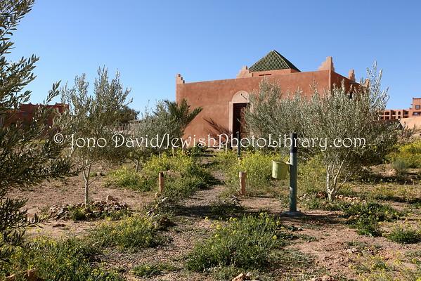 MOROCCO, Ouarzazate. Jewish Cemetery (2.2015)