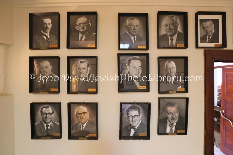 NA 120  Former presidents