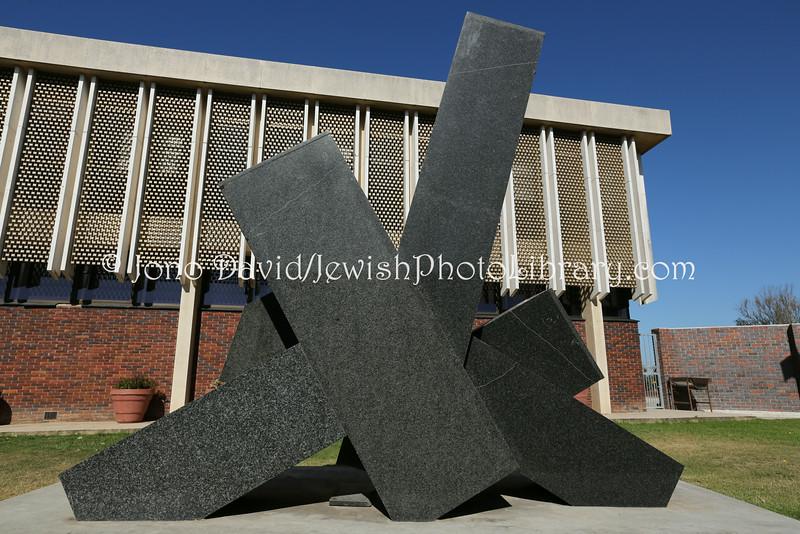 ZA 11141  Holocaust memorial