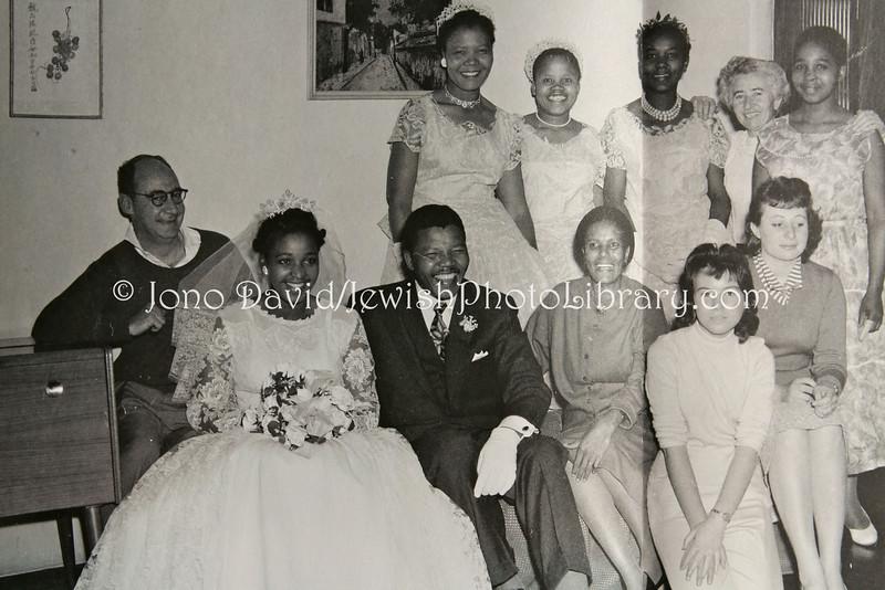 ZA 7754 Nelson And Winnie Mandela On Their Wedding Day At Harmel Home In Jewish