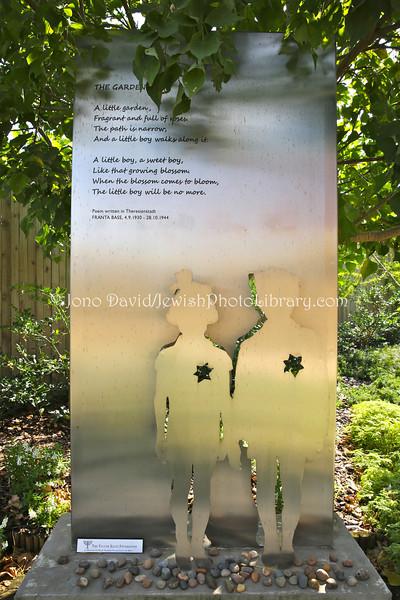 ZA-9404  Garden of Remembrance