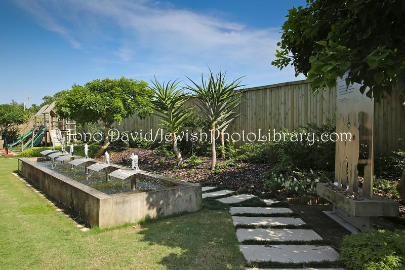 ZA-9406  Garden of Remembrance