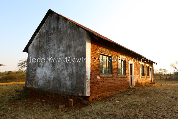 SOUTH AFRICA, Limpopo, Sweetwaters. School building (former), Lemba Cultural Association (LCA) (8.2015)