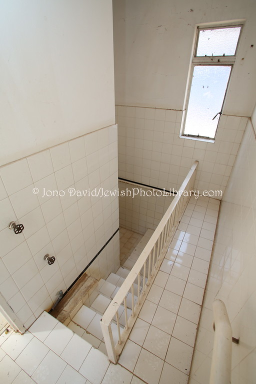 ZIMBABWE, Harare. Sephardi Hebrew Congregation, Mikvah (closed) (8.2012)