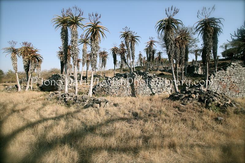 ZW 792  Valley Enclosures
