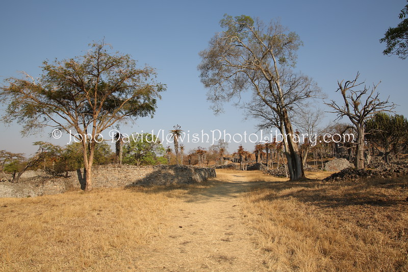ZW 790  Valley Enclosures