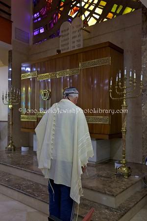 ES 1424  Shacharit (morning) service, Bet El Synagogue  Ceuta, Spain