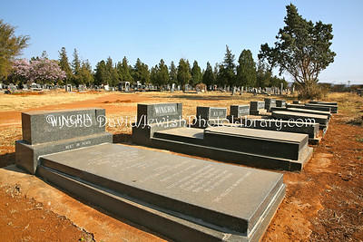 ZA 18500  Jewish cemetery  Warmbaths (Bela-Bela), South Africa