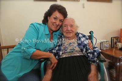 """Freda """"Babs"""" (nee Sklar) Naim, aged 98, and daughter, Linda  HARARE, Zimbabwe"""