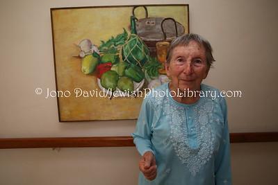 Rhebe Tatz, artist; Savyon Lodge (home for the elderly)  BULAWAYO, Zimbabwe