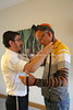 MU 368  Rabbi Laima Barber and Owen Griffiths, President, Island Hebrew Congregation Mauritius, doing tefillin