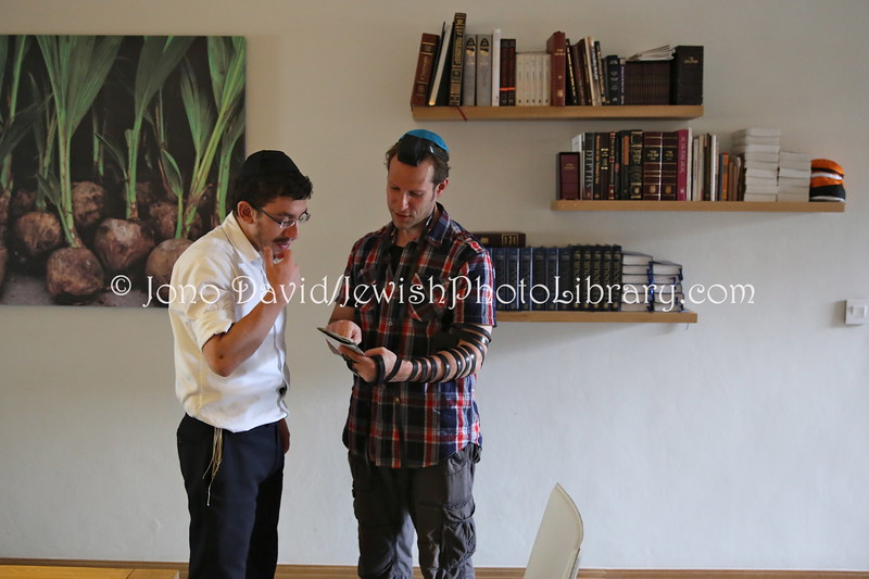 MU 376  Rabbi Laima Barber and Jono David doing tefillin