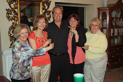Birkenhead House - Shane with the ladies. Ngaire, Susan, Shane, Cindy & Pat.