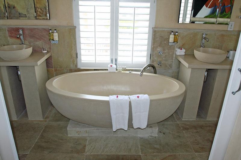 Room 10 - Bathroom <br /> Bottom Category Room - Upstairs