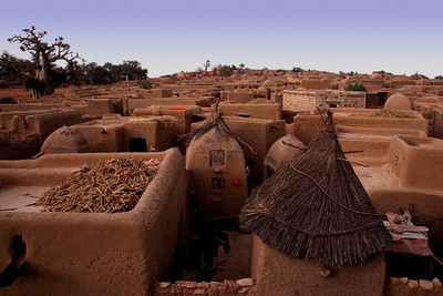 DOGON VILLAGE - BANDIAGARA ESCARPMENT, MALI