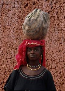 MARKET LADY - BANFORA, BURKINA FASO