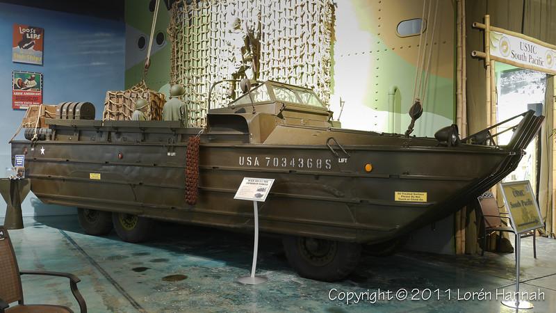 DUKW -3