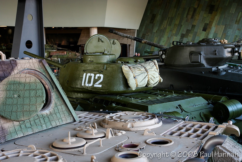 Engine Deck Views - Panther & T34/85