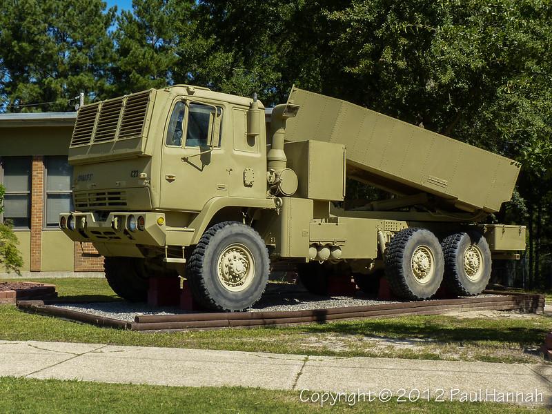 M142 High Mobility Artillery Rocket System (HIMARS)