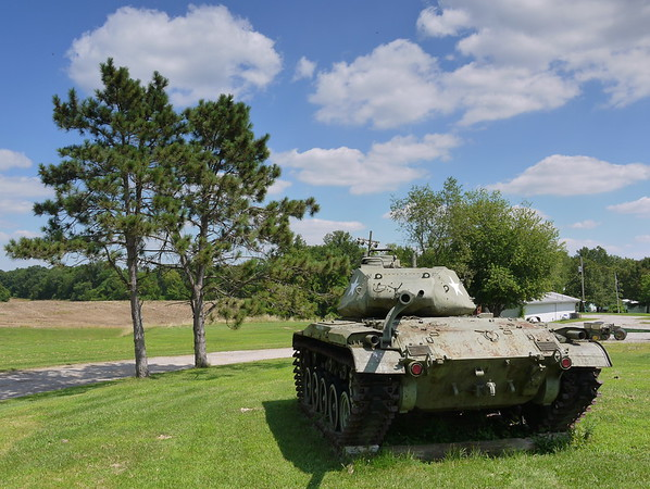 Alton, IL VFW Post #1308 Farm - M41