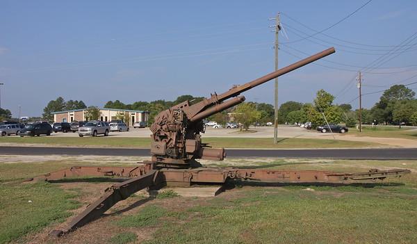 US 90mm AA gun