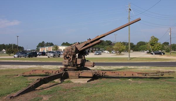 US 90mm AA gun 1