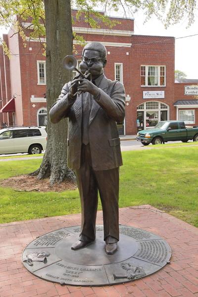 """""""Dizzy"""" Gillespie Statue 2"""