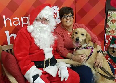 20171209_145425 Santa Jeff Liz McKayla